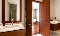 Villa Paradiso En-suite Bathroom | Naithon, Phuket