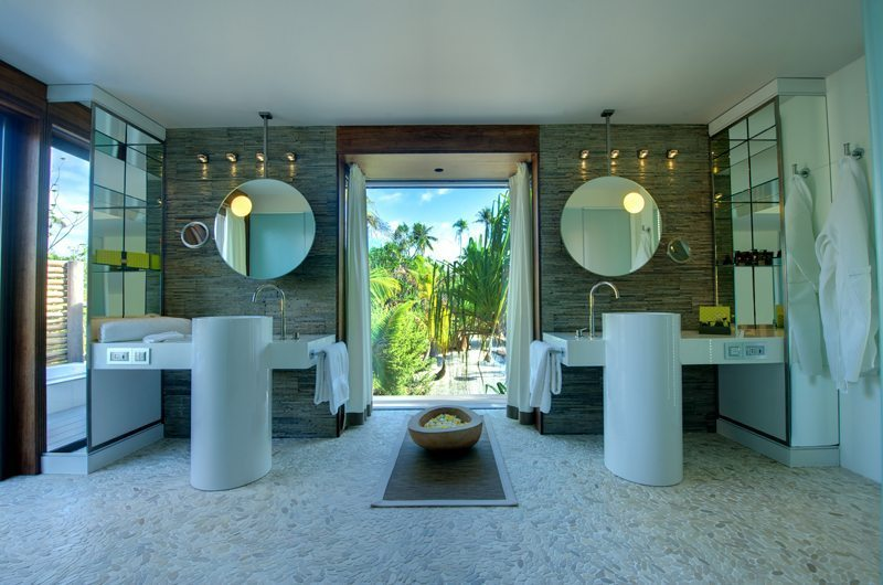 The Brando Bathroom