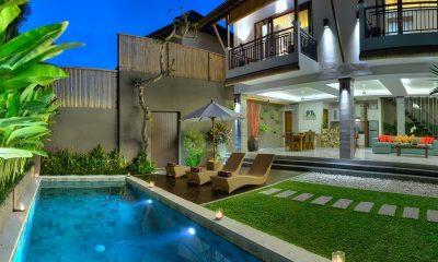 The Kumpi Villas Sun Beds | Seminyak, Bali