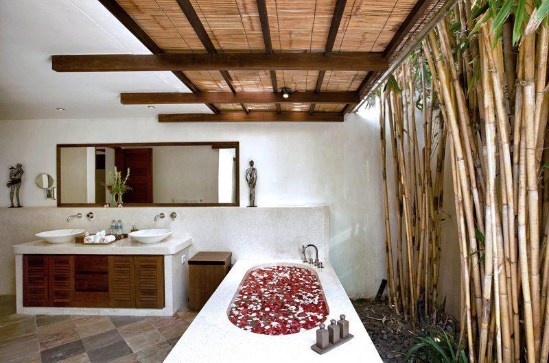 Villa Seriska Satu Sanur Bathroom | Sanur, Bali
