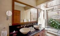 Villa Seriska Satu Seminyak Guest Bathroom   Seminyak, Bali