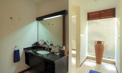 The Jiwa Bathroom   Lombok   Indonesia