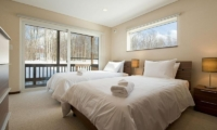 The Chalets At Country Resort Twin Bedroom | Hirafu, Niseko