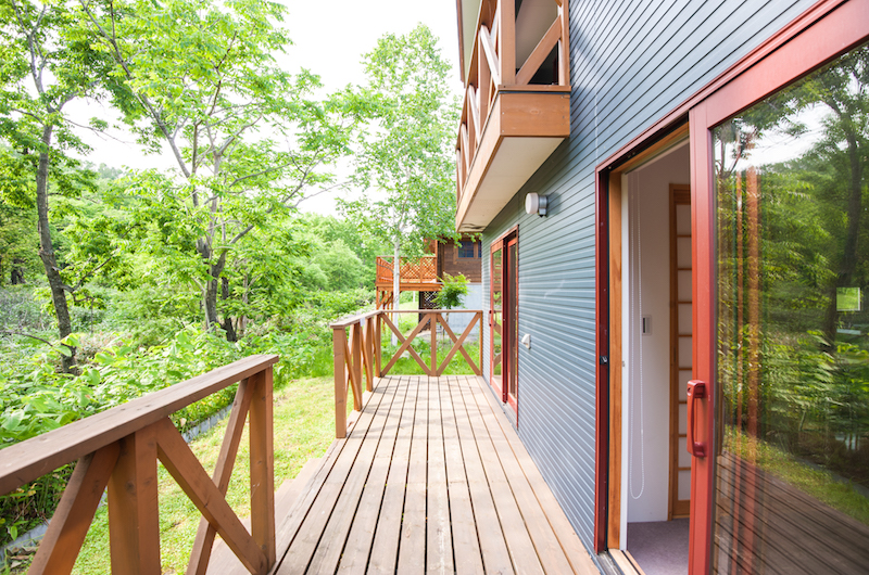 The Chalets At Country Resort Hangetsu Balcony Area | Hirafu, Niseko