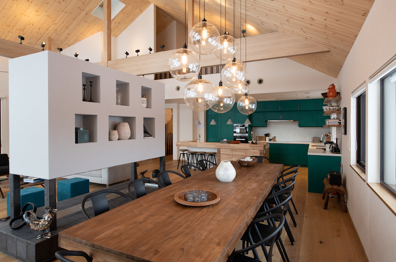 The Chalets at Country Resort Sahama Dining Area | St Moritz, Niseko