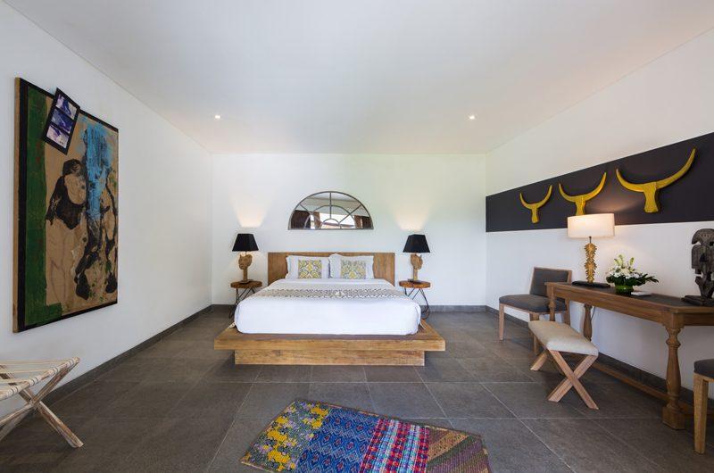 Villa Iluh King Size Bed | Petitenget, Bali