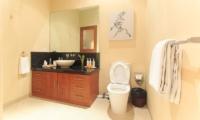 Villa Seriska Seminyak Bathroom | Seminyak, Bali
