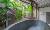 Akilea Villas Villa Kayu Merah Bathroom | Uluwatu, Bali