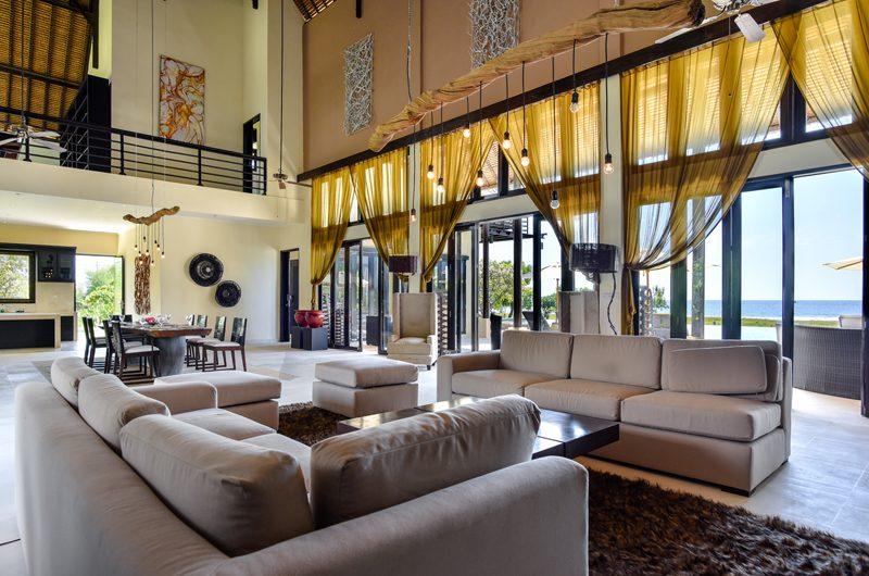 Bali Il Mare Living and Dining Area | Permuteran, Bali