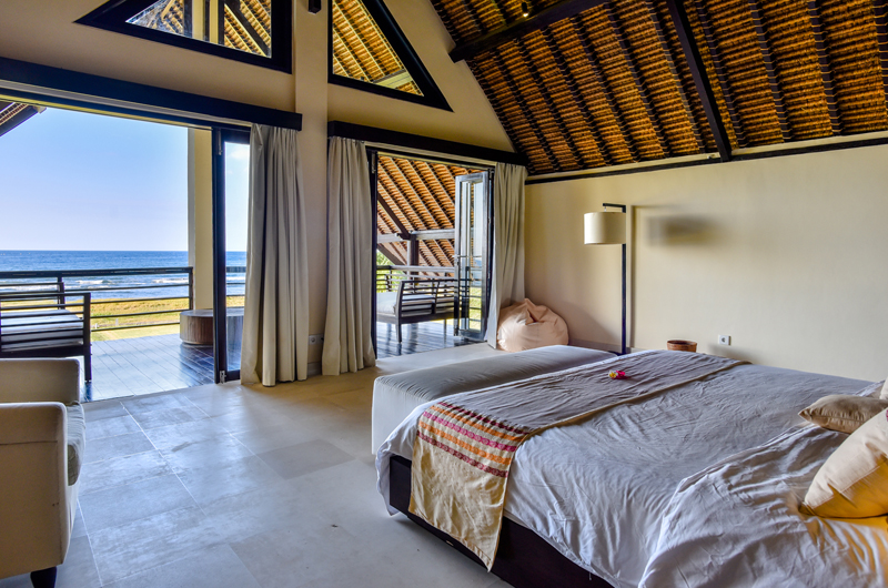 Bali Il Mare King Size Bed with View | Permuteran, Bali