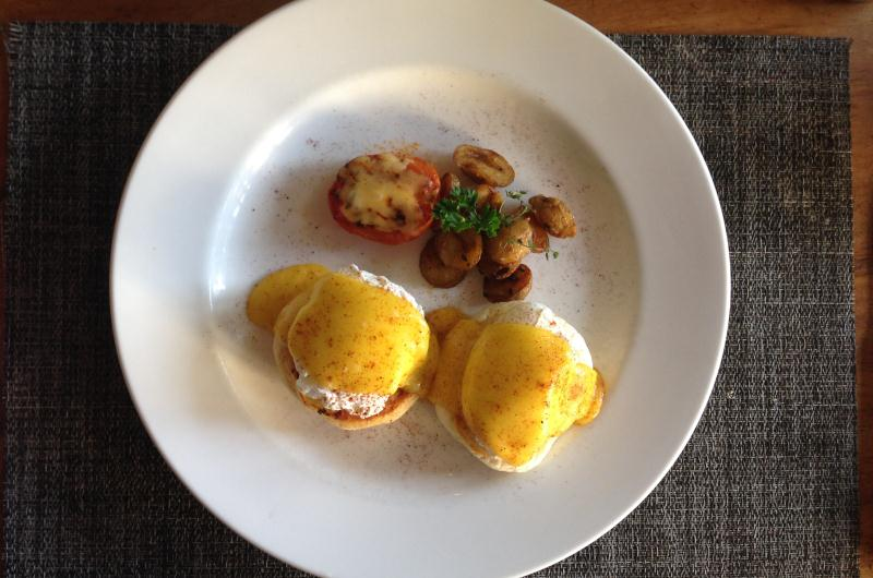 Breakfast at Le Jardin Villas