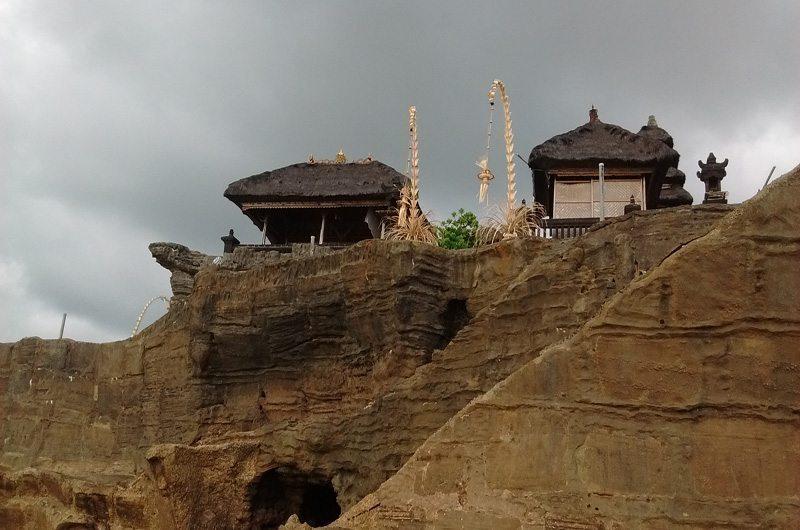 bali-tanah-lot-temple-top-view