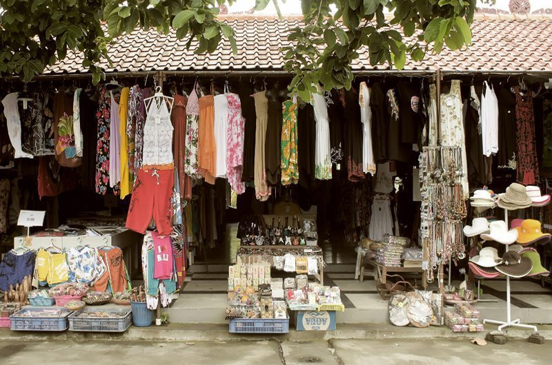 bali-tanah-lot-shopping
