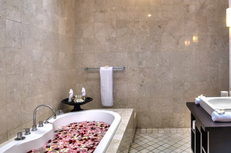 The Residence Villa Lanai Residence Bathroom | Seminyak, Bali