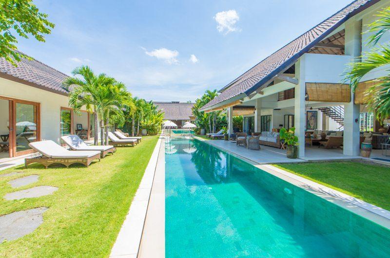 Villa Kadek Sun Loungers | Batubelig, Bali