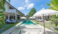 Villa Kadek Pool Side | Batubelig, Bali