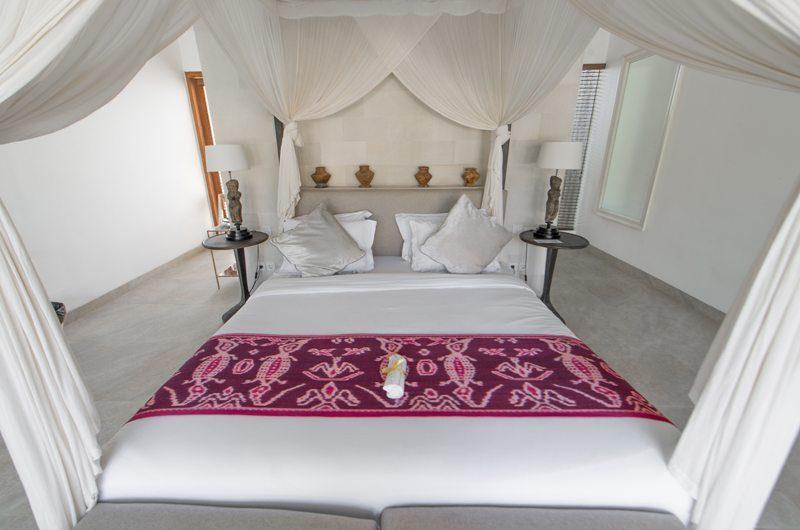 Villa Kadek Guest Bedroom | Batubelig, Bali