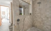 Villa Nyoman En-suite Bathroom | Petitenget, Bali