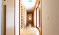 Akari Hallway | Hirafu, Niseko