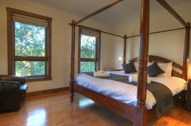 Mangetsu Lodge Master Bedroom | Hirafu Izumikyo 3, Niseko