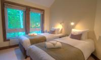 Shika Twin Bedroom | Hirafu, Niseko
