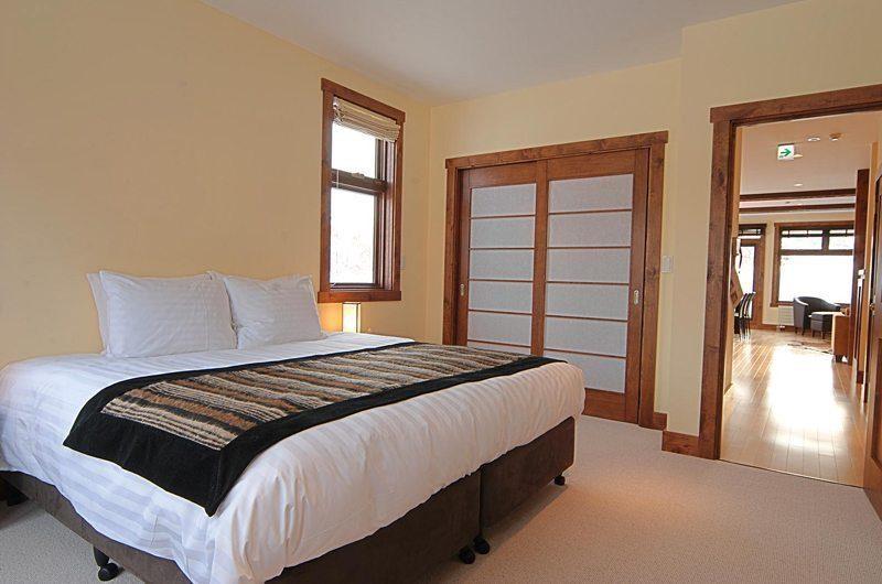 Yukimi Bedroom | Hirafu, Niseko