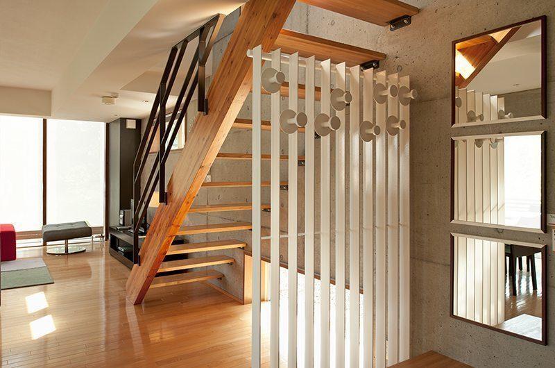 Yuki Uchi Staircase | Hirafu, Niseko