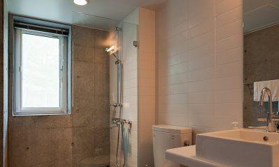 Yuki Uchi Bathroom | Hirafu, Niseko