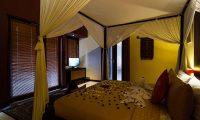 Imani Villas Ariana Night View Bedroom | Umalas, Bali