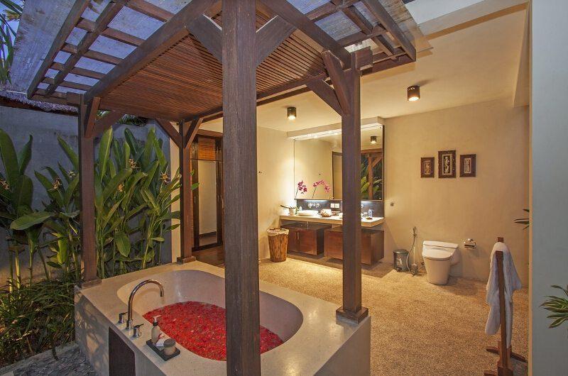 Imani Villas Villa Mahesa En-suite Bathroom | Umalas, Bali