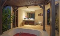 Imani Villas Villa Mahesa Bathroom | Umalas, Bali