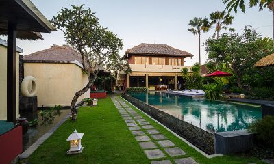 Imani Villas Mahesa Pool and Garden Area | Umalas, Bali