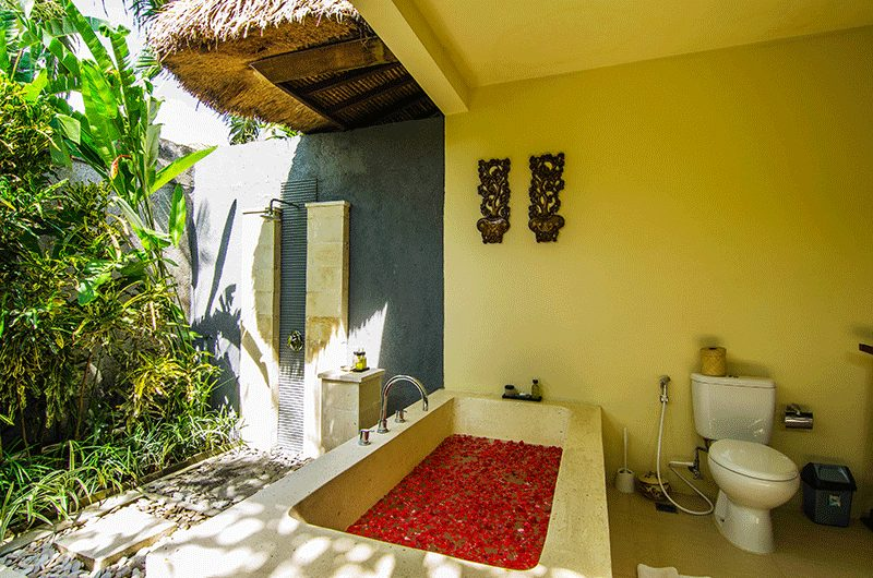 Imani Villas Malika Open Plan Bathtub Area | Umalas, Bali
