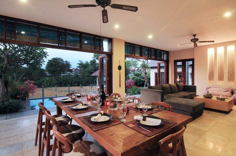 Jabumani Villa Villa Toba Dining Room   Canggu, Bali
