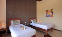 Jabumani Villa Villa Toba Twin Bedroom   Canggu, Bali