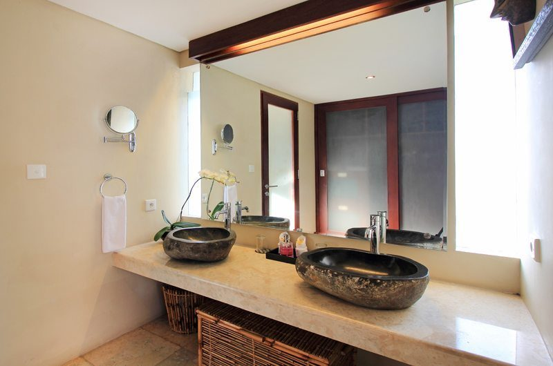 Jabumani Villa Villa Tomak Bathroom   Canggu, Bali