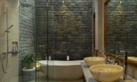 Villa Alin En-suite Bathroom | Seminyak, Bali