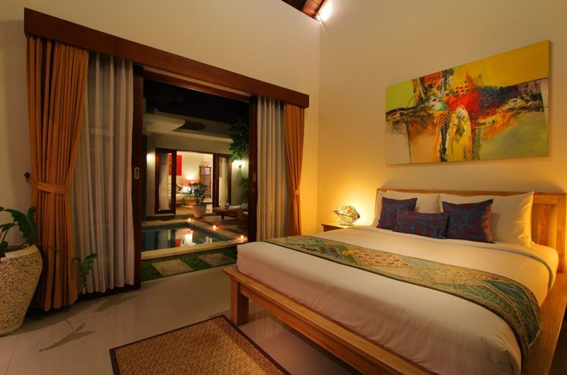 Villa Ashna Master Bedroom   Seminyak, Bali