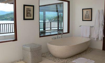 Villa Blanca En-suite Bathroom | Candidasa, Bali