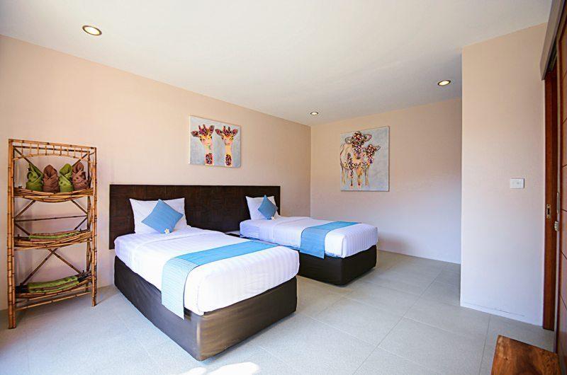 Villa Chez Ami Twin Room   Legian, Bali