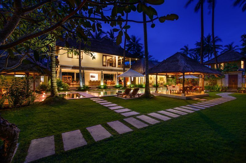 Villa Gils Lawns | Candidasa, Bali