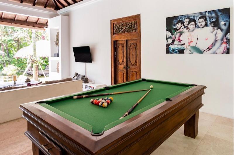 Villa Tempat Damai Pool Table | Canggu, Bali