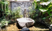 Villa Tempat Damai Statue | Canggu, Bali