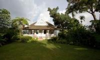 Strawberry Hill Tropical Garden | Jamaica