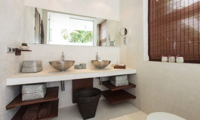 Villa Koru Guest Bathroom | Koh Samui, Thailand