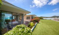 Villa Manta Spacious Bedroom with Garden View | Choeng Mon, Koh Samui