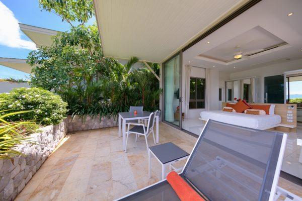 Villa Manta Dining in Balcony | Choeng Mon, Koh Samui