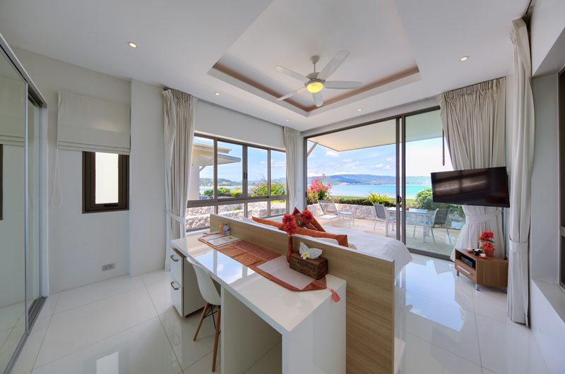 Villa Manta Bedroom with Study Table | Choeng Mon, Koh Samui