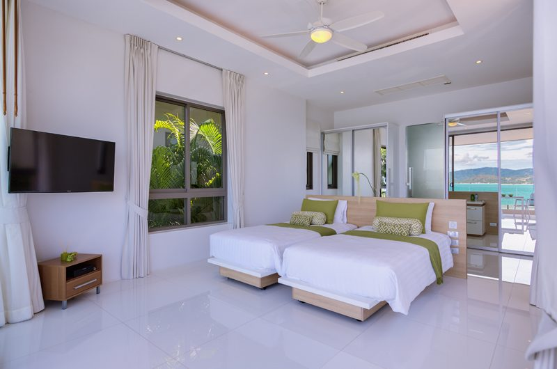 Villa Manta Twin Bedroom with TV | Choeng Mon, Koh Samui