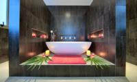 Villa Manta Romantic Bathtub Set Up | Choeng Mon, Koh Samui